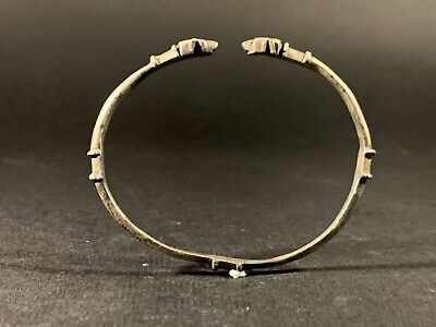 Ancient Roman Solid Silver Bracelet With Serpent Terminals Circa 100-400Ad