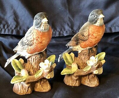 Pair of Fine Porcelain Robin Figurines (2) Made in Japan Hand Painted
