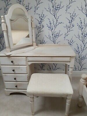 4 Piece White Washed Pine Bedroom, White And Pine Bedroom Furniture Uk