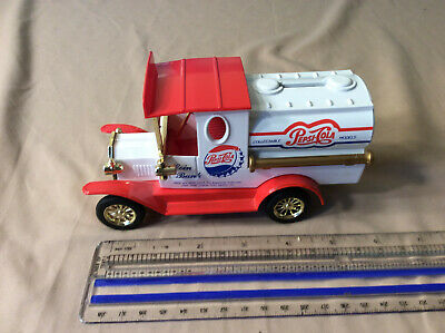 Pepsi Truck Bank Golden Wheel(?) 1993(?)