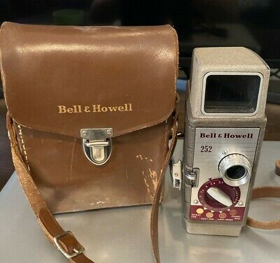 Vintage Bell & Howell 252 mm Movie Camera With Case - Untested