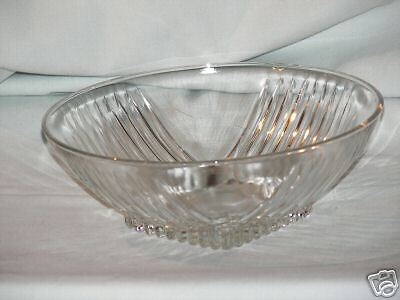 OLD CLEAR VEG. BOWL FEDERAL GLASS CO. PARK AVENUE RETRO