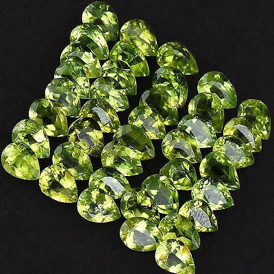 TOP Lot mit 40 Peridoten im pear cut                      (D22)