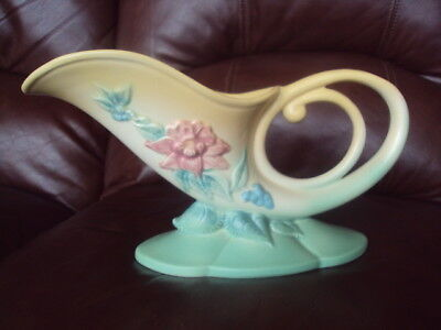 Vintage Original Hull Art Pottery Cornucopia.  Excellent!!! L@@k!
