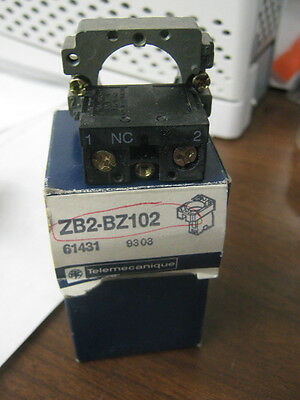 Telemecanique Zb2-Bz102 Mounting Base. 61431  Lot Of 2.