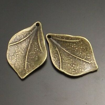 30X Vintage Style Antiqued Bronze Tone Alloy Leaf Pendants Charms 21*14mm