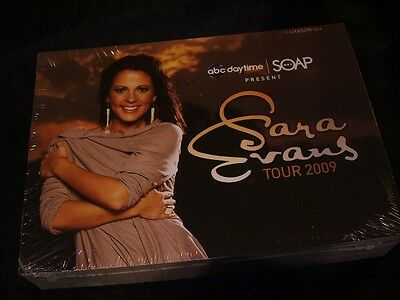 "Sara Evans *Package Of 100 5"" x 7"" 2009 Concert Tour Postcards!"