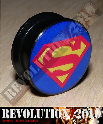 Superman Internal Screw Flesh Plug / Tunnel (Choose Size)