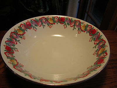 Classic Traditions Cranberry Hill vegetable serving bowl