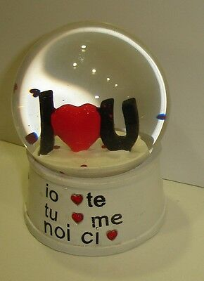 "SFERA  in vetro con scritta  "" I LOVE  YOU .... ""  11 x 8 cm"