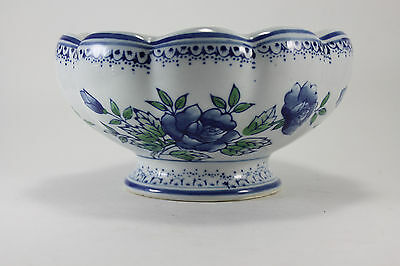 Vintage Porcelain Footed Oriental Blue Floral Planter Pot AAA Imports