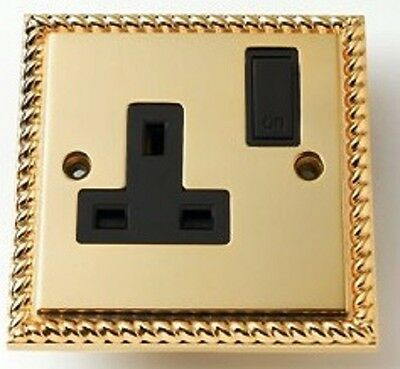 Georgian Brass 1 Gang Switched Wall Socket 13 Amp *NEW BOXED*