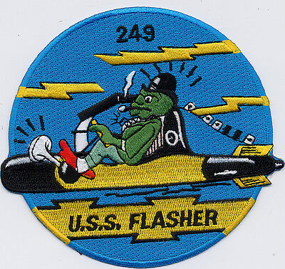 Fish Jumping From Water BC Patch Cat No B775 USS Medregal SS 480