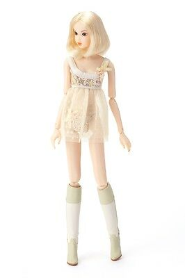 Momoko Doll - CCS 12SS Home White Frost Free Shipping