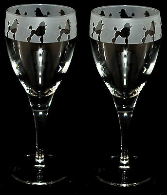 PAIR WINE GLASS **DOG GIFT** POODLE FRIEZE Design