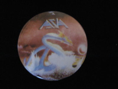 Asia-Band-Serpent-Dragon-Steve Howe-Rock-Pin Badge Button-80's Vintage-Rare