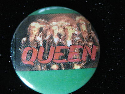 Queen-Freddie Mercury-Group Shot Green-Pin Badge Button-80's Vintage-Rare