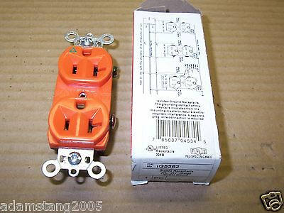 NEW P&S/Hubbell IG5362 DUPLEX RECEPTACLE 20 A 125V ORANGE ISOLATED GROUND
