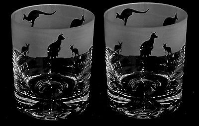 *KANGAROO GIFT*  Boxed PAIR GLASS WHISKY / WATER TUMBLERS ~ KANGAROO JOEYFrieze