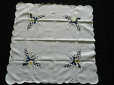 """vintage embroidered  tablecloth + application. Dimensions 33.5""""/34.5""""  n2660"""