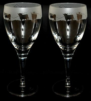 *CATTLE GIFT* Boxed Pair WINE GLASS with engraved HIGHLAND COW FRIEZE  design