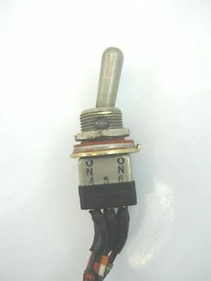 Eaton/Culter Hammer ON ON Toggle Switch MS90311-231 8869K4 2 POS f16 Simulator