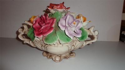 CAPODIMONTE VINTAGE MARKED N WITH CROWN. CENTER PIECE FLOWERS. MADE IN ITALY.