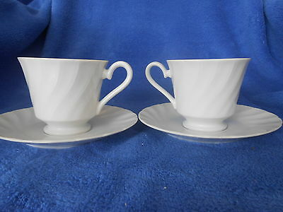 Set of 2 Yorkshire Swirl Cup and Saucer from japan