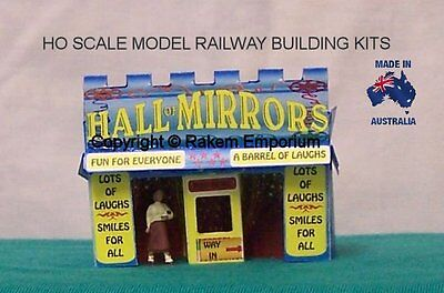 HO Scale Carnival Hall Of Mirrors 3D Model Railway Building Kit - REHM1