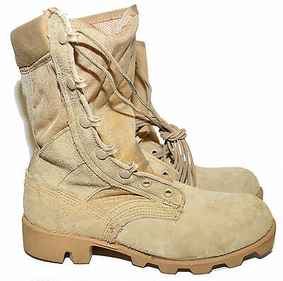 CANADIAN ARMY JUNGLE BOOTS - size 4 R - DESERT / ARID - 19K/B3