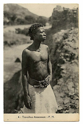 Madagascar.travailleur Antaimoure.colonies Francaises.worker.