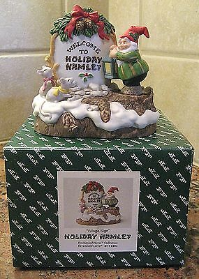 """Fitz & Floyd Christmas HOLIDAY HAMLET """"VILLAGE SIGN""""  ~ Mint Condition"""