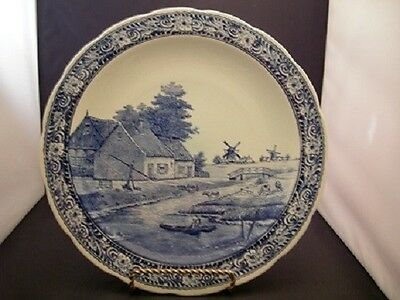 DELFT FIFTEEN 3/4 INCH SIGNED WALL HANGING PLATE ARTIST SIGNED