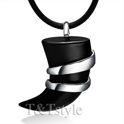 TTstyle Stainless Steel Black Onyx Spear Pendant Necklace