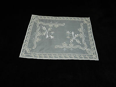"""vintage embroidered table cover  Dimensions 15""""/11"""" n5637"""