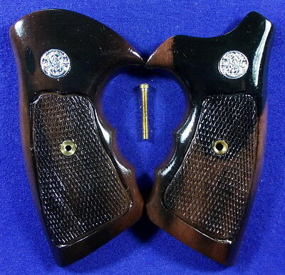 NEW GLOSS WOOD CHECKERED GRIPS FOR S&W J FRAME SQUARE/ROUND BUTT