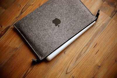 MacBook Pro case 13-inch - ZIP - WITH PRINT APPLE