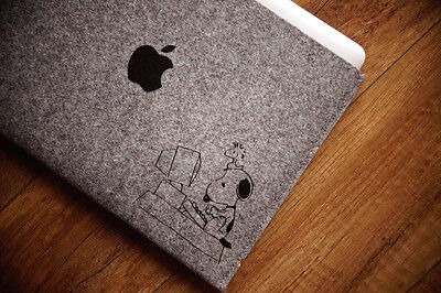 "New MacBook Pro 15"" Retina Sleeve Case - SNOOPY"