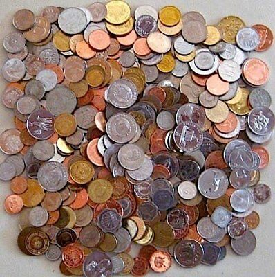 One Pound of Foreign World Coins + Bonus 1800 Coin if You Purchase Two!