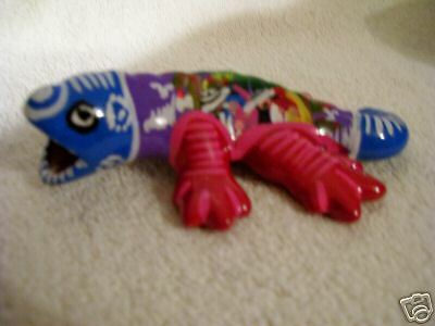 Ceramic Gecko Made in Mexico -Brightly Colored Accents - Red & Blue