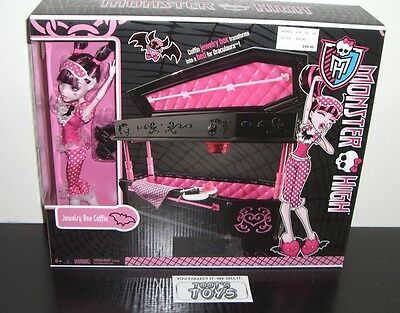 Monster High Draculaura Jewelry Box Coffin with Doll ***IN-HAND*** Original 2010
