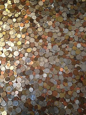 ~FOREIGN PICKERS SPECIAL~ Two 2 FULL LB POUND ~ OLD WORLD COINS LOT~