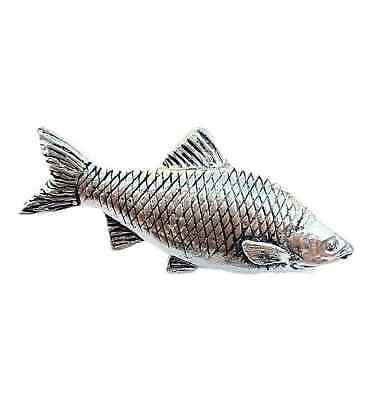 Roach Fish Finely Handcrafted in Solid Pewter In The UK Lapel Pin Badge