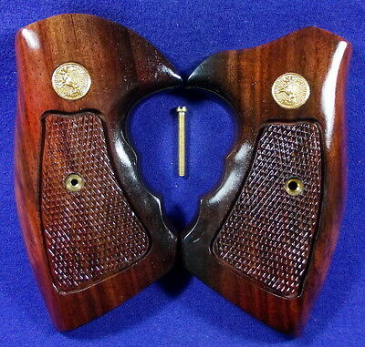 NEW GLOSS WOOD CHECKERED GRIPS FOR COLT PYTHON, SQUARE/ROUND BUTT