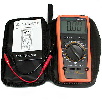 1/2 Digital LCR meter with self-discharge function compared with FLUKE