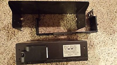 Toyota 6 Disc CD Changer OEM