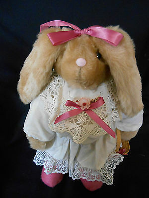 """HANDMADE VINTAGE but NEW HEN IN HOLLY BUNNY 15"""" BRITTANY RABBIT EASTER"""