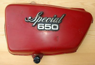 1978 Yamaha XS650 Special XS 650. Red left side cover #079