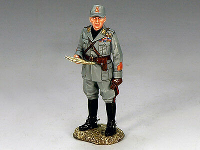 King and (&) Country IF008 - Italian Forces, Officer with Map - Retired