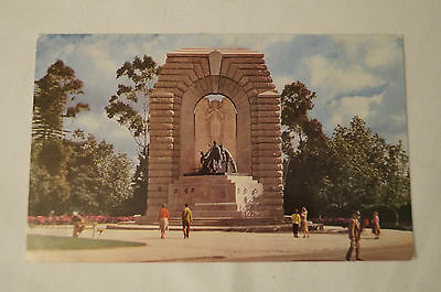 Adelaide - War Memorial - North Terrace - Vintage - Postcard.